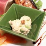 ヴィヴィ ヴェルデ - 前菜盛り合わせ:ツナと枝豆のサラダ '13 12月中旬