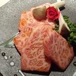 薩摩焼肉 黒桜 - 『とろける極上カルビ』(1780円)!まさに とろあま旨~い!!\(◎o◎)/!!