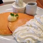 バター - プレミアムパンケーキ【980円】