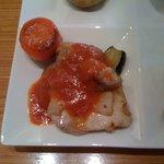 寓 - チキンのソテー・トマトソース