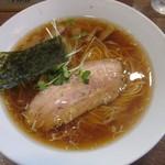 らーめん夢中 - 醤油ラーメン 650円 2013.12