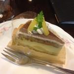 マダム シュークレーム - イートインで食べたケーキ