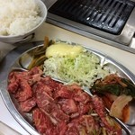東 - <2014/01>大盛カルビランチ(950円)