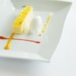 タカミヤ湯の浜テラス 西洋茶寮 - レモンのタルトガトーオペラ風~自家製シャーベットを添えて~