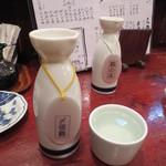 逸品亭 竜宮郷 - 村上の酒 〆張鶴 390円