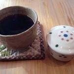 里 - コーヒーとデザート