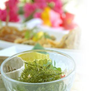 沖縄の食材を使った美と健康の創作料理