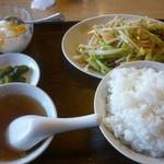 生香楼 - 肉野菜炒め定食(ご飯大盛)