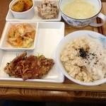 HAO - カラダに良さそうなお昼ご飯です 930円 (2014.01/初訪)