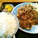 ふくい屋 - わがまま定食(チキンカツ、豚しょうが焼、ご飯大盛)¥600+50