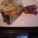 2355509 - 前菜のオムレツ、サラダ、アジ