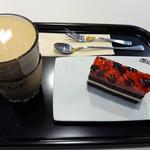 マクドナルド - カフェラテ&ダブルベリーケーキ