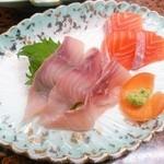 旅館 焼乃湯 - 桜マスと鯉のお造り