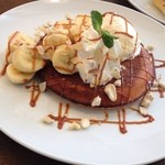 カフェ パンプルムゥス 仙台 - バナナ&アイスクリーム&キャラメルパンケーキ