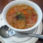 23557906 - セットのスープ
