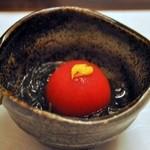 銀獅子 - フルーツトマトと沖縄もずくの酢の物