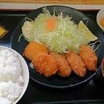 23559025 - カキフライミックス定食