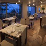 タカミヤ湯の浜テラス 西洋茶寮 - レストラン、コボ・ディ・マーレ~大きな窓から日本海眺める~