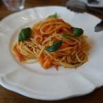 23571604 - 完熟トマトとバジリコのスパゲッティ