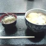 信州そば真田丸 - 料理写真:かつ丼 椀そば付 500円
