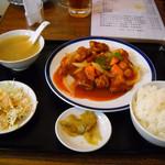 華龍飯店 - 酢豚定食