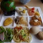 健康美食 豆の花 - 2回目~緑のお椀はミニラーメンです