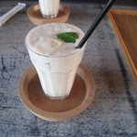 水辺のカフェ 三宅商店 酒津 - 季節のミックスジュース\500