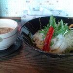 生粋四代湯島庵 - 濃厚魚介系(焼き秋刀魚タレ)白湯つけ麺(780円)