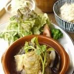 グラウンド ワーク - 週替わり定食/白菜の豚バラ重ね煮定食