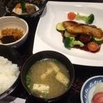 新明や - 焼き魚定食 銀鱈
