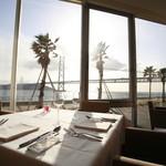 DINING ROOM IN THE MAIKO - ダイナミックな明石海峡大橋と海をお料理と共に