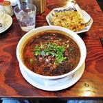 23594954 - 黒胡麻坦々麺とレタスチャーハン