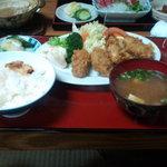 鮒忠 - カキフライ定食(1000円)