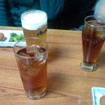 鮒忠 - グラスビール(400円)、ウーロンハイ(400円)、烏龍茶