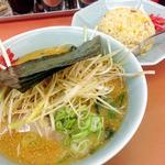ラーメン山岡家 - 特製味噌ネギ チャーハン 2014年1月