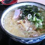 いわ屋 - 料理写真:肉うどん