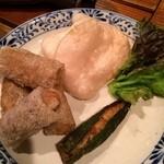 ロータス オブ ハノイ - 海老春巻&えびせん&海老オクラ巻き。食べさし。