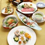 日本料理 瀬戸内 - 個室完備で宴会各種ご利用いただけます。