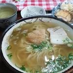 竹村食堂 - 中日(中華麺+日本だし) 400円 コスパ高し!