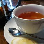 デミ - 紅茶 400円?
