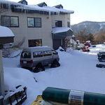 高峰温泉 - 雪上車