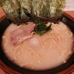 神山 - 塩豚骨¥650(クーポンで¥300)