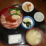23616435 - 海鮮丼定食