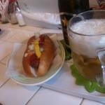 カーキーズ - ホットドッグ&ビール