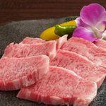 さくら×さくら - 料理写真:お店自慢の肉!!黒毛和牛をお値打ちにご用意!!脂ののった牛肉をぜひご堪能 ください。きっと、お肉ってこんなにウマイものなんだ!!となります♪品質と味には絶対の自信♪
