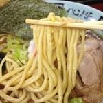 東池袋大勝軒 新化家 - 太麺ストレート