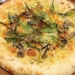 サラサ3 - オイルサーディンと九条ねぎのピッツァ