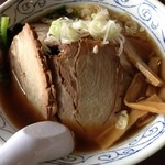 吉勝 - 吉勝 大津店のほうれん草叉焼麺780円(14.01)