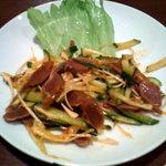 中華居酒屋 一品楼 - 砂肝と葱のピリ辛