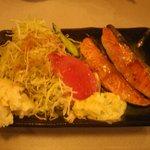 そば 小料理 凛 - 秋鮭のバター焼き550円